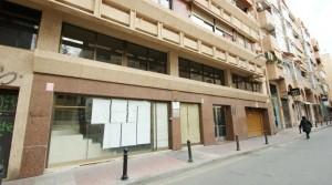 Local y entresuelo en Murcia centro